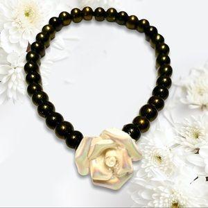 Rose Stretch bracelet olive green iridescent rose